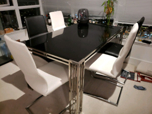 Excellent Glass table+6 leather chairs