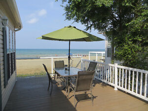 Beach front cottage in the heart of Sauble Beach