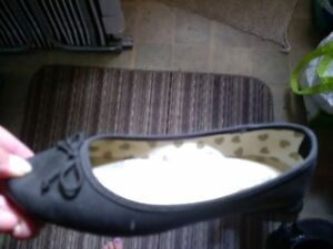 girls shoes- new and used Windsor Region Ontario image 3