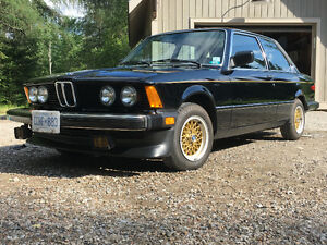 Ultra Rare BMW 320i E21 Mint Condition
