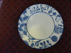 Royal Stafford Plate with Blue Floral Pattern Kitchener / Waterloo Kitchener Area image 1
