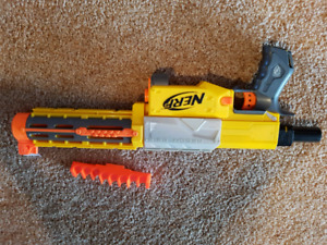 Nerf gun and holder