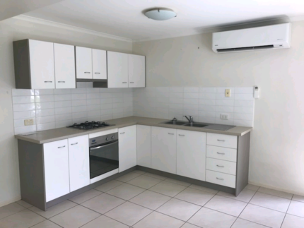 Break Lease 1 bedroom apartment. Short term with option to renew