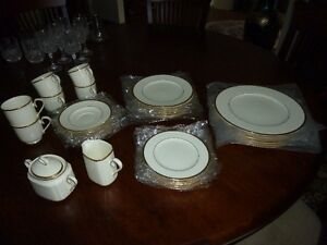 "Noritake ""Troy"" China Place settings"