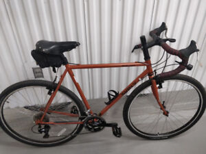 Selling:  2018 Surly Cross Check 56cm (like new)