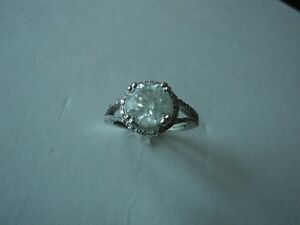 Engagement Diamond 2.2 carat  14k gold ring