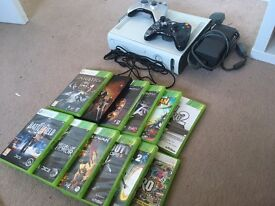 Xbox 360 120gb + games and two controllers