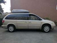 Chrysler Grand Voyager 3.3 automatic LPG/GAS | 7 seats | Leather | only 995