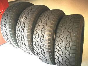 4 pneus d'hiver GENERAL   215/70R16