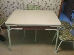 Retro 1959 kitchen table with 6 chairs