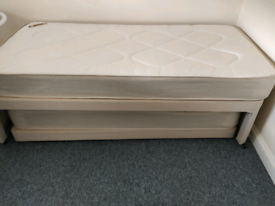 Guest bed with pull out trundle