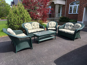 5 piece Hauser Furniture patio set