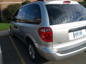 2005 Dodge Caravan Minivan, Van London Ontario image 2