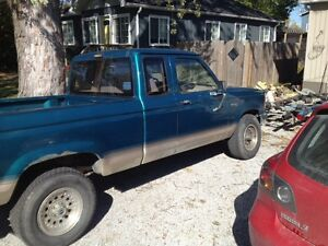 1992 ford Ranger 4x4 5spd 2.9l V6 low km