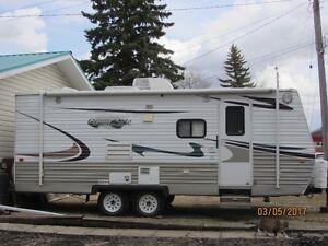 2010  Creekside 21ft  Camper  $14,950