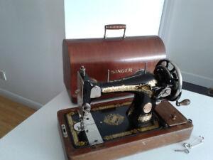 Singer Sewing machine - vintage