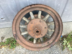 Antique metal wheel