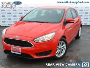 2016 Ford Focus SE  Manual, Rear View Camera