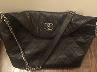 Chanel caviar leather large hand/shoulder bag