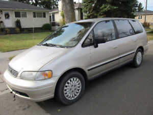 1995 Honda Odyssey For Parts (But still runs)