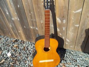 Vintage Guitar for Repair or Wall Hanging