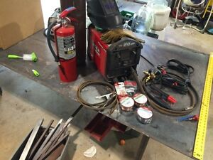 Lincoln Electric 210 MP Power MIG , table and tank