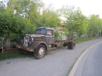 1946 White Super Duty Cab and Chassis