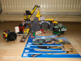 Lego bundle incl  Police Station 7498, Minecraft & Star Wars