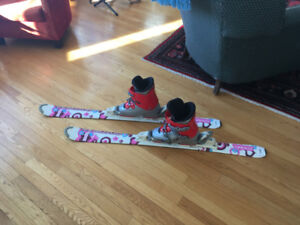 Skis, Boots and Bindings for sale size 7 ladies (5 mens)