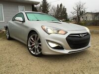 2013 Hyundai Genesis Coupe 3.8GT (2 door)