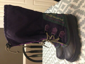 Woman's sorel winter boots size 6