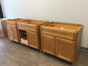showroom kitchen cabinets