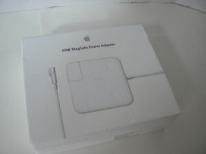 Apple 60W Magsafe Power Adapter for Macbook (MC461LL/A) 10/10 nu