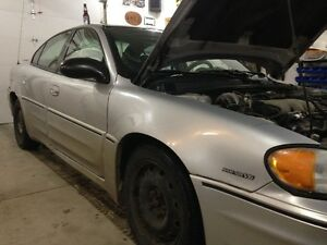 2003 Pontiac Grand Am Grey Sedan