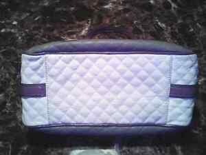 Guess purse and matching wallet Kitchener / Waterloo Kitchener Area image 5