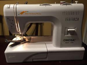 Machine a coudre omega acheter et vendre dans grand for Machine a coudre omega