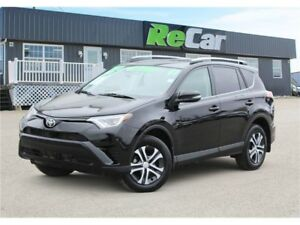 2017 Toyota RAV4 REDUCED | AWD | HEATED SEATS | BACK UP CAM