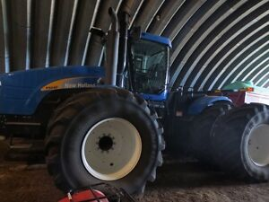 New Holland T9040 HD series 4x4 Tractor