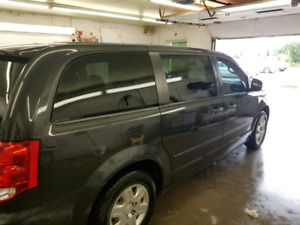 2012 DODGE CARAVAN CVP !!!!!! one owner no accidents!!!!!