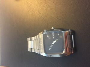 Nixon The Banks Silver Stainless Steel Mens Watch A060-000