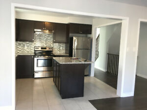 Townhouse, May, June or July 1, Oakville, Dundas St & 3rd line