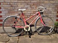 Ladies women's classic Raleigh bike in superb condition