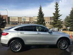 Mercedes Benz GLC 300 Coupe 2017 top of the line model!