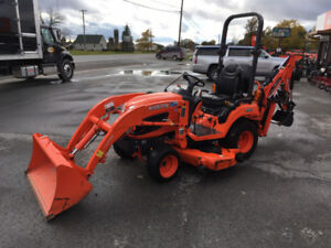 2014 Kubota BX2370 Tractpor, Loader, Backhoe, Mower
