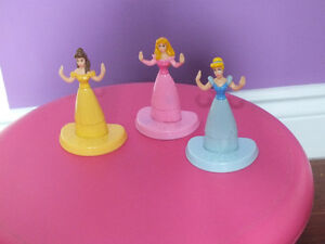3 Figurines de princesses
