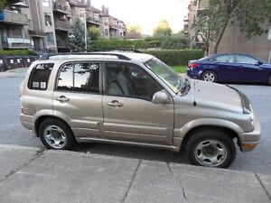 PRIX REVISER  2005 Suzuki Grand Vitara Camionnette