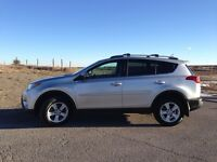 2013 RAV4 - LOW KM'S / WELL MAINTAINED