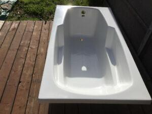 Fibreglass bathtub