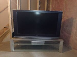 55 inch Sony Wega LCD HDTV & Matching Stand - Can Del