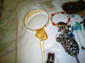 Large lot of costume jewellery brackets necklaces ect